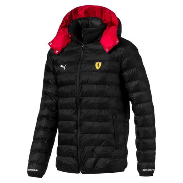 Zimná Vetrovka Scuderia Ferrari v čiernej farbe.