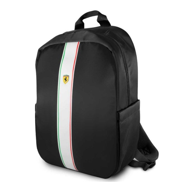 Čierny Batoh Scuderia Ferrari.