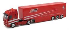 Kamión Iveco tímu Ferrari