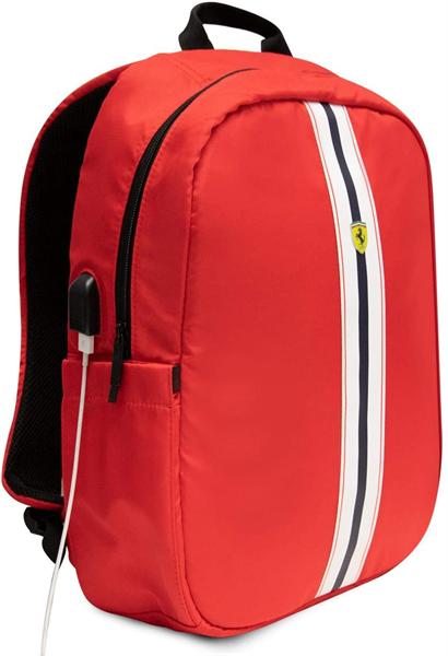 Červený Batoh Scuderia Ferrari.