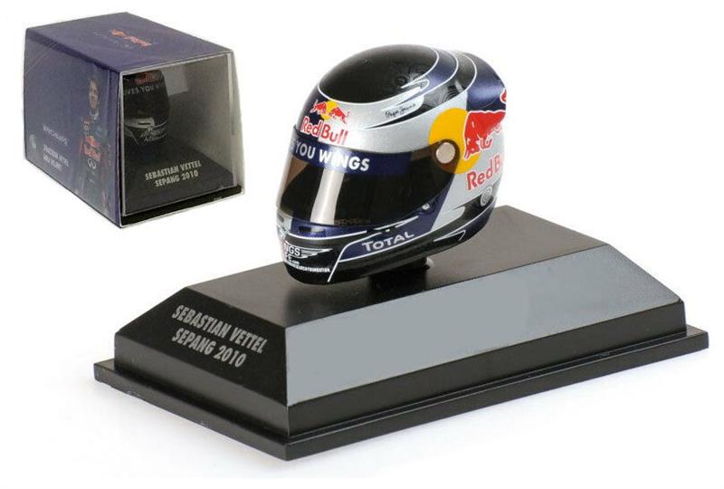 Minichamps  Arai Helma Sepang Malaysian GP 2010 - Sebastian Vettel 1/8 Scale