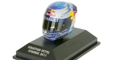 Minichamps Arai Helma Istambul Turecko 2011 - Sebastian Vettel 1/8 Scale