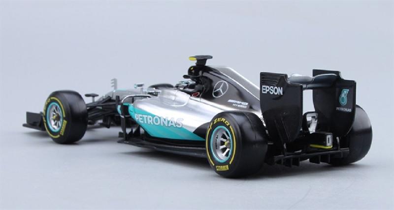 Bburago model Mercedes AMG F1 FW07 Hybrid 2016 Lewis Hamilton 1-18